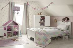 Laura Ashley Blog: Décor Solutions: Girl's Bedroom