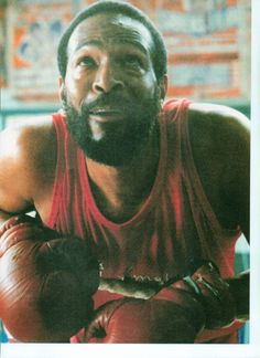 """Marvin Gaye boxing in documentary """"Remember Marvin Gaye"""" in Oostende Belguim Mr Personality, Nona Gaye, Tammi Terrell, Vintage Black Glamour, Soul Singers, Falling In Love Again, Music Icon, Soul Music, Marvin Gaye"""