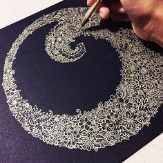 I have no words to describe this. Gold pen on black paper Doodles Zentangles, Zentangle Patterns, Kratz Kunst, Gold Pen, Scratch Art, Tangle Art, Illustration, Pen Art, Black Paper