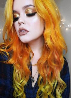 30 More Edgy Hair Color Ideas Worth Trying - Page 13 of 30 - Ninja Cosmico Yellow Hair, Blue Hair, Violet Hair, Bright Hair, Colorful Hair, Neon Hair, Edgy Hair, Funky Hair, Hair Creations