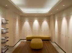 Locker room, grand hotel stockholm Gym Interior, Bathroom Interior Design, Locker Room Bathroom, Hotel Stockholm, Hotel Lobby Design, Hotel Gym, Gym Lockers, Yoga Fitness, Gym Room