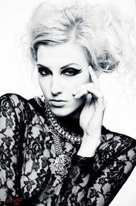 Stunning eye #makeup.  Model: Erin Holland   myLusciousLife