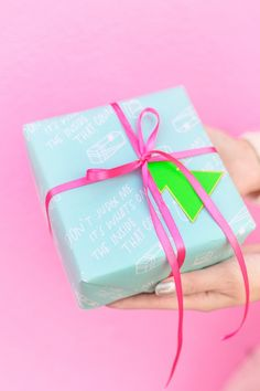 Four Awesome Holiday Gift Wrap Pairings - Studio DIY
