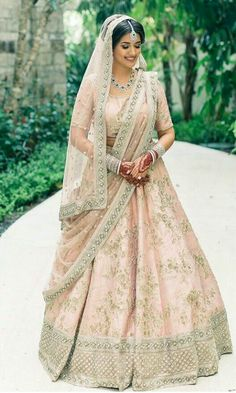 custom made Bridal Lehenga inquiries : whatsapp +917696747289, Nivetasfashion@gmail.com engagements lehenga wedding lehenga reception Outfit Sangeet outfits cocktail outfits bridal lehengas designs