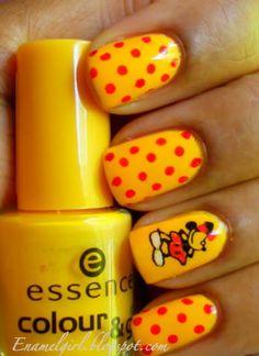 Enamel Girl: Minnie Mouse Manicure!