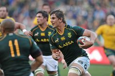 Second-row - Eben Etzebeth (South Africa): Strong and physical in the set-pieces, he also ranges in the loose; he embodies the modern lock. Springboks fans might already have forgotten Bakkies Botha and Victor Matfield. Anthony Kiedis, Eben Etzebeth, Super Rugby, Six Nations, All Blacks, Rugby World Cup, Rugby Players, Match Me, Sports Games