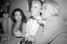 David Bowie with Iggy Pop and Ronnie Spector, Penn plaza Club, aftershow party, New York, March 26, 1976 © Andrew Kent