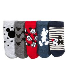 Red/Mickey Mouse. Jacquard-knit socks in a soft cotton blend.
