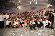 http://www.wedstyle.com.ar/wedstyle/blog/un-casamiento-con-mucho-agite-casamientos-reales/