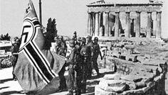 27 Απριλίου 1941: Γερμανοί στρατιώτες υψώνουν τη σημαία με τον αγκυλωτό σταύρο στην Ακρόπολη...    April 27, 1941: German soldiers raise their flag on the Acropolis.