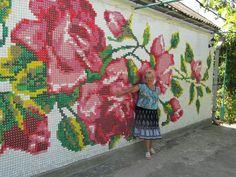mosaic roses  caps from plastic bottles-Светлана Тищенко(Гордеева) -
