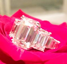 Ciara's 15-carat emerald cut engagement ring from Future