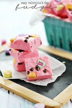 Easy Valentine's Day Fudge | www.somethingswanky.com @Something Swanky