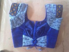 If you are looking for new & latest saree blouse design ideas for your party, fancy, silk or any other sarees, you've come to the right place. Patch Work Blouse Designs, Simple Blouse Designs, Stylish Blouse Design, Saree Blouse Neck Designs, Choli Designs, Sleeve Designs, Sari Blouse, Blue Blouse, Lehenga