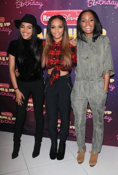 Zendaya & Alli Simpson Celebrate Radio Disney's Birthday With McClain China Mclain, Sierra Mcclain, Alli Simpson, China Anne Mcclain, Sister Pictures, Skai Jackson, Famous Black, Great Women, Beautiful Women