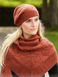 Ravelry: b Lacey Laurels Shawl pattern by DROPS design Knit Cowl, Knitted Shawls, Knit Crochet, Crochet Hats, Drops Design, Knitting Patterns Free, Knit Patterns, Free Knitting, Free Pattern