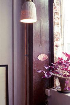 Vintage lustre suspension ancien luminaire abat jour en for Miroir aux alouettes signification