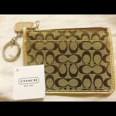 F44086 Coach Gold & Beige Coin Purse New Wristlet Brand New With Tags!  Coach Coin Purse Key Chain Fob.  Smoke and Pet Free. Coach Bags Wallets