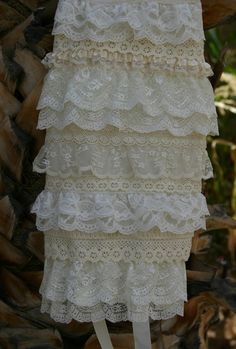 love the layers of lace