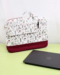 Diy Bags Patterns, Bag Sewing Patterns, Wallet Sewing Pattern, Sewing Case, Handbag Patterns, Diy Sewing Projects, Sewing Tutorials, Sewing Diy, Diy Laptop