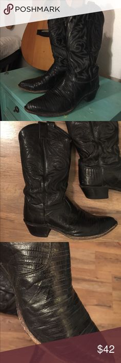 Justins black leather cowboy boots lizard detail Fantastic boots in great condition- wear on soles.  Really interest in look with the lizard detailing- worn in and ready to go! Justin Boots Shoes
