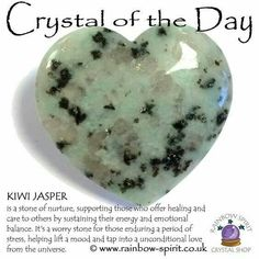 How to Use Chakra Healing to Transform Your Life Crystal Magic, Crystal Healing Stones, Stones And Crystals, Gem Stones, Minerals And Gemstones, Crystals Minerals, Rocks And Minerals, Healing Gemstones, Gemstone Properties