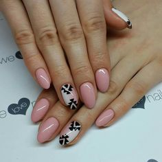 SPN UV LaQ 502 My Wedding Dress & 581 Lobster Roll. Nails by Alicja Koziolek. #spn #spnnails #welovenails #uvlaq #uvgel #instanails #instamani #inspiracje #paznokcie