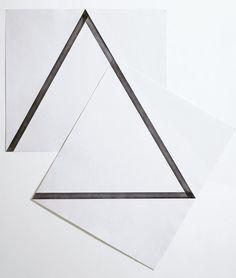 Minimalistic paper artwork | Artist / Künstler: François Morellet |