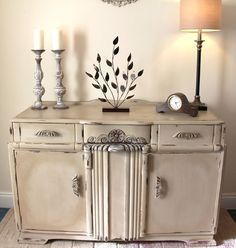 Tanya Timmis with a super chunky sideboard in Annie Sloan Country Grey and clear and dark wax.