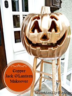 Blinged Out Jack-O-Lantern  - perfect #Halloween decorations DIY idea!  eclecticallyvintage.com