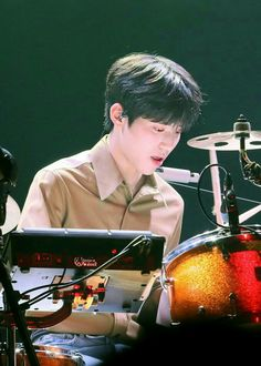 Day6 Dowoon, Lee Know, Boyfriend Material, Photo Credit, You And I, Concert, Drummers, Baby Boys, Mlb