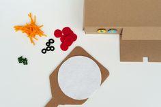 Shoebox Pizza Oven Toy http://madebyjoel.com/2014/01/diy-shoebox-pizza-oven-toy.html