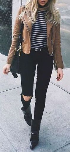 awesome 48 Popular Fall Outfits To Update Your Wardrobe https://fashioomo.com/2018/06/04/48-popular-fall-outfits-to-update-your-wardrobe/