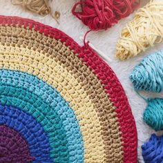 Carpet with the colors of the Rainbow by SusiMiu on Etsy Beige Carpet, Diy Carpet, Hall Carpet, Diy Yarn Bags, Crochet Borders, Crochet Patterns, Painting Carpet, Hallway Carpet Runners, Stair Runners