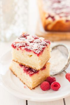 Fluffy raspberry ricotta and lemon with thermomix. Discover the cake recipe, raspberry cotta and lemon raspberry, easy to … Source by Thermomix Desserts, Raspberry Cake, Lemon Desserts, Vanilla Cake, Cake Recipes, Muffins, Cheesecake, Food Porn, Food And Drink