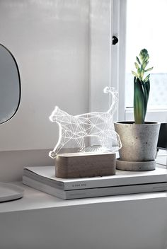 Only Deco Loves : Constellation Cat Lamp from Wanderer Wanderer