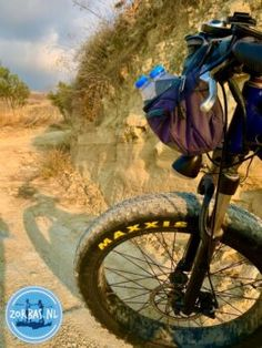 Kleinschalige accommodatie op Kreta kleinschalig vakantieverblijf Kreta kleinschalige, goed verzorgde appartementen 2021 2022 Electric Mountain Bike, Electric Bicycle, Asphalt Road, Cycling Holiday, Fat Bike, Crete Greece, Dirt Track, Mountain Biking, Greece Holidays