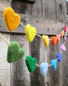 Makes me happy just looking at this Felt Heart Garland. Rainbow Heart Garland by NedaArt