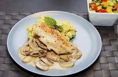 Anche Oggi pranzo velocissimo .......... Petti di pollo con i funghi  #singluten #love #foodporn #celiachia #diet #foods #senzaglutine #breakfast #me #snack #intolleranze #glutenfree #sansgluten #glutenfrei #instagood #happy #briciole #intolleranzealimentari #daprovare #food # novità #bio #mangiaresano #iolovoglio #nonnapaperina