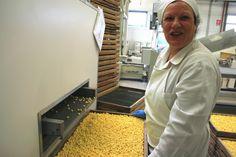 Pastiglie gialle, per 8 marzo, come le mimose!! by Cristina Pellerino