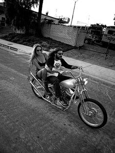 Custom Paint, Art, Motorcycles, Rat Rods, Metal flake, Helmets, choppers, harley davidson, panhead, shovelhead, ironhead, knucklehead, flatthead, mealflake, 70's, #harleydavidsonknucklehead