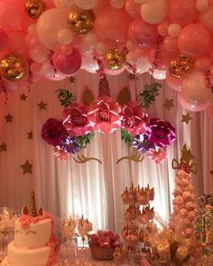 Unicorn Themed Organic Balloon Arch set up # Birthdays Unicorn party Balloon Garland, Balloon Decorations, Baby Shower Decorations, Balloon Arch, Balloon Ideas, Diy Garland, Unicorn Themed Birthday Party, 1st Birthday Parties, Birthday Themes For Girls