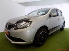 Fuel saver vehicle,  Priced to go, Showroom Demo Renault Sandero 900 T Expression is a perfect student /  family car ,Nationwide delivery. A...200381307