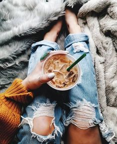 Coffee Shop Mar Vista few Coffee Bean Food Group where Coffee Bean Menu Baton Rouge through Coffee Table Gold Coffee Is Life, Coffee Love, Coffee Break, Iced Coffee, Coffee Drinks, Coffee Cups, Morning Coffee, Coffee Girl, Coffee Plant