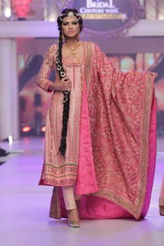 Fashion Designer Ayesha Ibrahim Dresses Telenor Bridal Couture Week 2015