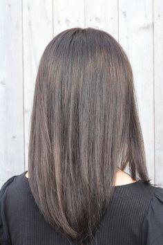 9トーンの髪色です Long Hair Styles, Beauty, Long Hairstyle, Long Haircuts, Long Hair Cuts, Beauty Illustration, Long Hairstyles, Long Hair Dos