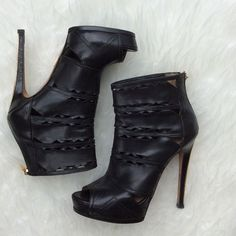 """Herve Leger Lilah Black Day Booties Herve Leger """"Lilah Black Day Boots"""" cutout booties with a gold tone heel, zipper ankle with logo fob, 5"""" heel, 1"""" platform. Super soft leather, good used condition. No trades, offers welcome. Size 37.5 fits true to size Herve Leger Shoes Ankle Boots & Booties"""