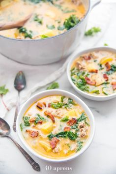 This Whole30 healthy zuppa toscana is rich, creamy, and so filling. Similar to the Olive Garden soup, this healthy copycat recipe is paleo and Whole30 compliant. With potatoes, kale, sausage, and bacon, it's loaded with flavor and super easy. Great for meal prep, too! #whole30 #soup #italian #healthy #easy #paleo #kale #bacon #cleaneating #realfood Whole30 Soup Recipes, Allergy Free Recipes, Pescatarian Recipes, Top Recipes, Real Food Recipes, Healthy Recipes, Yummy Recipes, Healthy Rice, Dinner Healthy