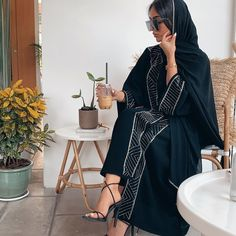 Modest Fashion Hijab, Niqab Fashion, Street Hijab Fashion, Modesty Fashion, Ulzzang Fashion, Muslim Fashion, Girl Fashion, Fashion Outfits, Ski Fashion