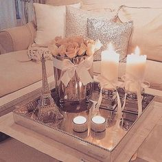 10 Amazing Ways to Design a Romantic Living Room - www. - 10 Amazing Ways to Design a Romantic Living Room – www. Romantic Living Room, Romantic Home Decor, Romantic Homes, Cozy Living, Living Room Modern, Home And Living, Small Living, Fancy Living Rooms, Coffee Table Decor Living Room